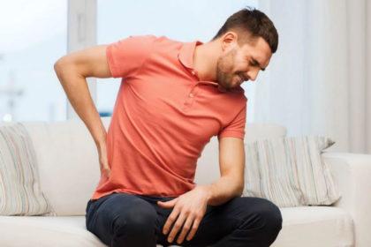 Lumbalgia o dolor de espalda baja causas síntomas y tratamientos.
